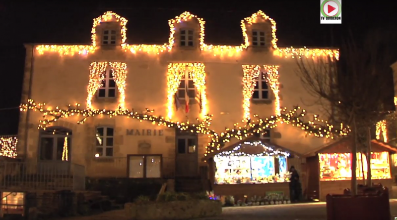 The spirit of Christmas in Rochefort-en-Terre - France Brittany