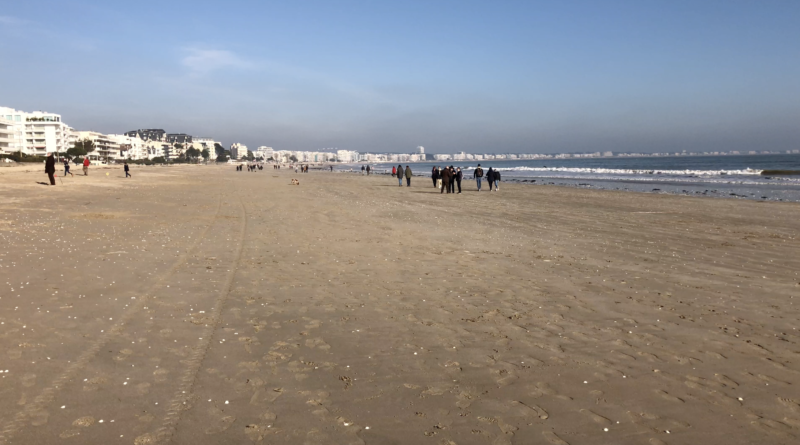 Brittany: La Baule The Big Tides